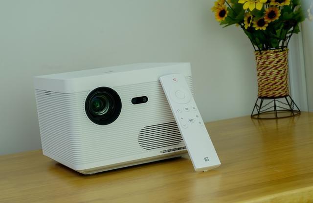 客厅里的无屏风暴,暴风AI无屏电视Max6s评测!
