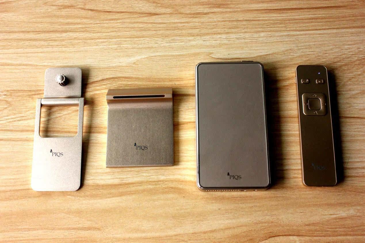 神画小媚投影电视 大小媲美iPhone6s