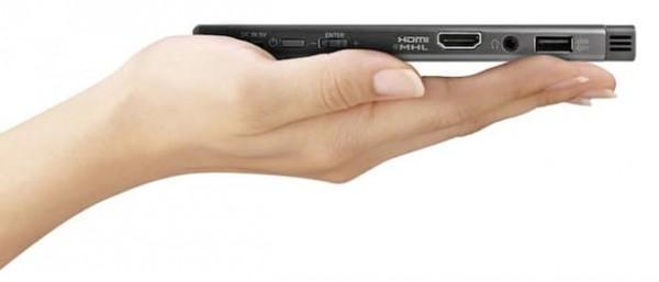 索尼发布MP-CL1A便携投影机