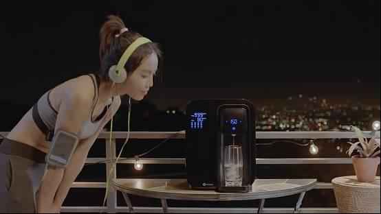 这是世界首款智能反渗透净水器 还能提醒你喝水