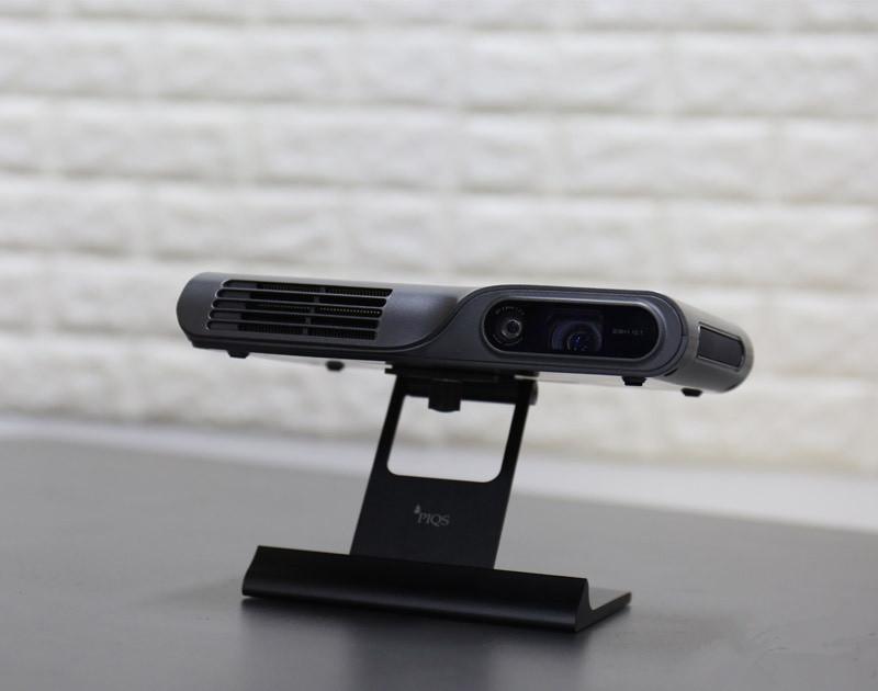 白墙秒变电子白板 神画TT触控投影机评测