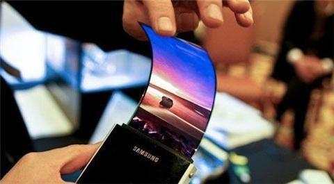 OLED屏成智能手机竞争新焦点 国产技术难及三星