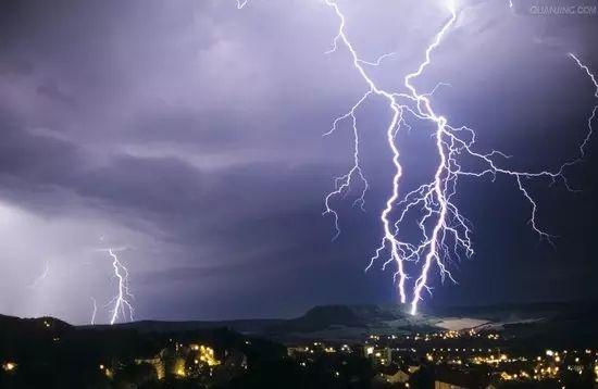 雷雨季如何保护电视机?你知道电视机如何避雷吗?