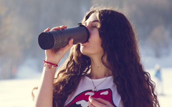 Yecup 365:可调温度的智能杯子