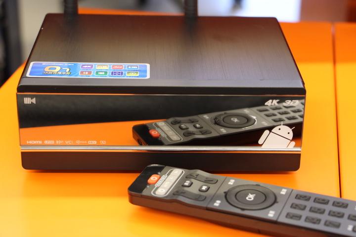 【沙发网测评】开博尔Q7上手体验:4K蓝光真3D播放器!