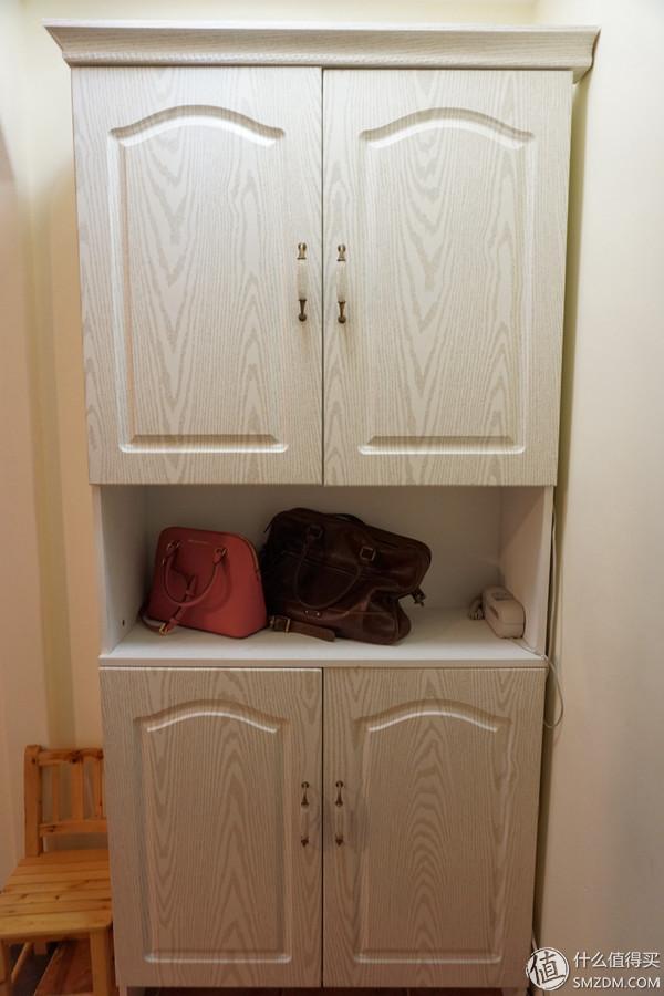 老房改造装修效果图 门厅   入户的鞋柜,差不多够放两个人当季需要穿