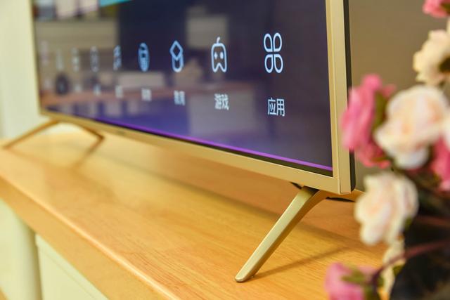 55英寸电视如何选?  长虹全金属HDR人工智能电视评测