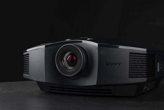 全高清神作 索尼VPL-HW48家用投影机上手体验
