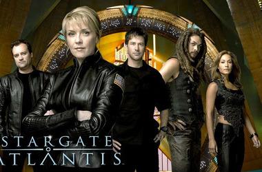 家里的智能电视怎么免费观看《星际之门亚特兰蒂斯》