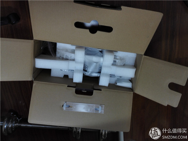 深度吐槽—benq 明基 i701投影仪解毒评测!