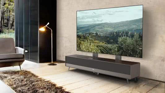 激光电视近年受到了越来越多的关注,激光电视与投影的区别是什么