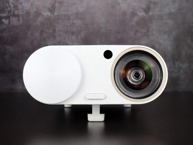 亲子娱乐利器 评明基i500E短焦智能微投